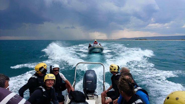 Au fait, on a pas 1 bateau mais 2, c'est mieux sur les photos, non !?!