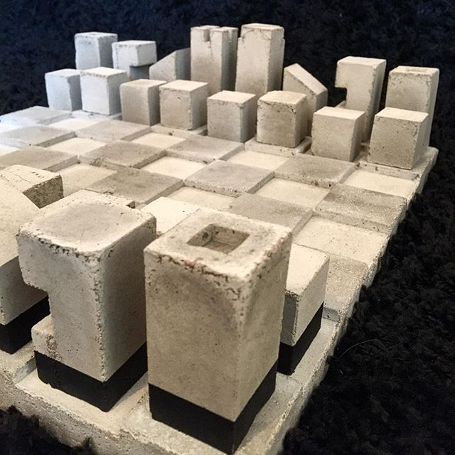 Concrete Chess ◻️ #chess #concrete #concretejungle #concretelife #concretedesign #concreteart #concretelove #concreteplanter #planter #design #modern #interiordesign #interior #gamer #game #grey #boardgames #glass #bottle #glassbottle #diy #doityourself #homemade #homestyling #interiör