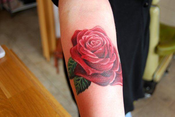 Best 25 rose wrist tattoos ideas on pinterest rose for Bradenton tattoo shops
