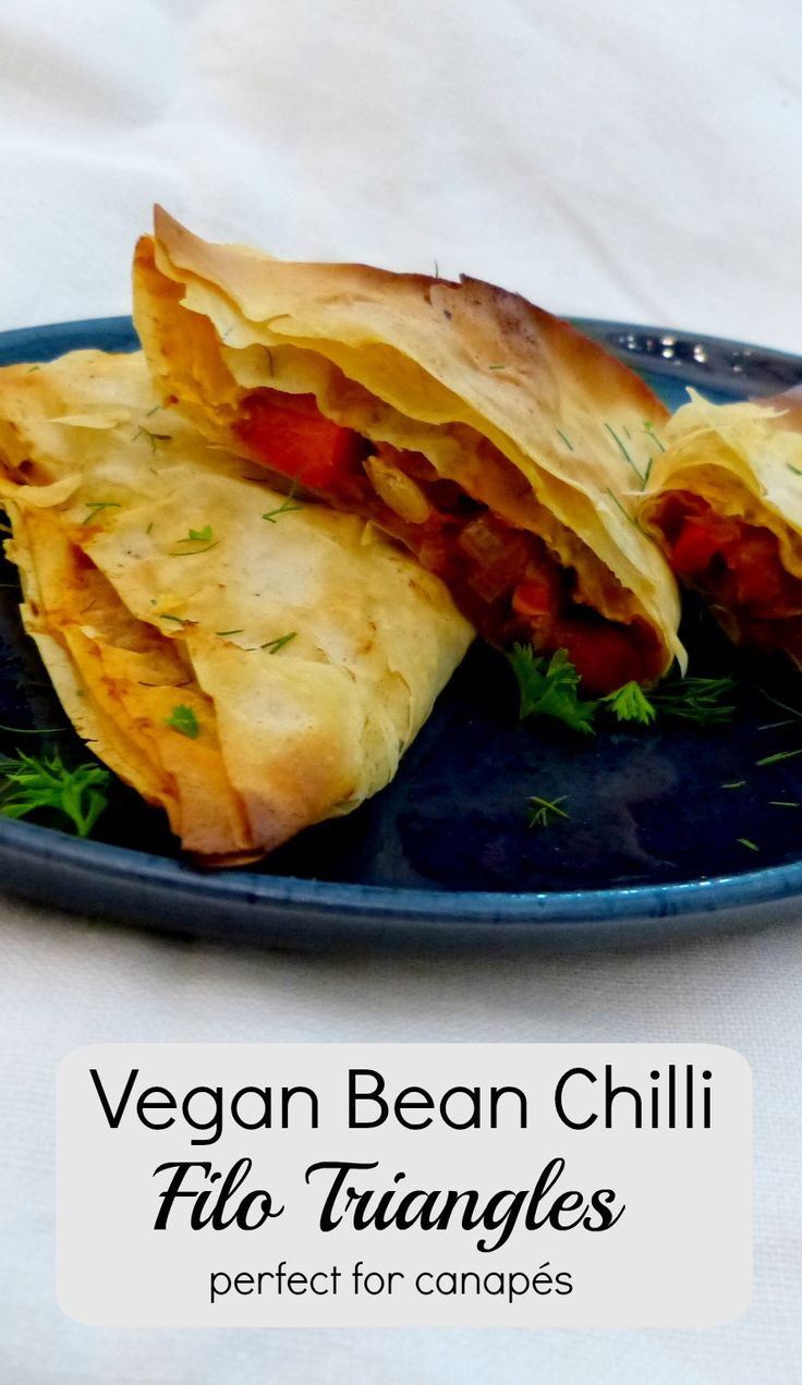Tasty crunchy vegan bean chilli triangles that are perfect for parties & canapes.  These can be made ahead & reheated, or make larger triangles for an impressive vegan main course.  Best of all? This recipe is 100% vegan!