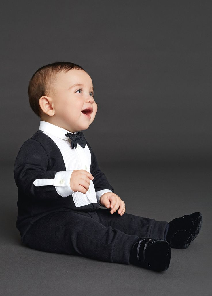 http://www.dolcegabbana.com/child/collection/dolce-and-gabbana-winter-2016-child-collection-83/