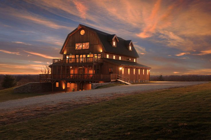 Breathtaking, Majestic, Gorgeous, Rustic Barn Home! Does it get much better than this?  Sand Creek Post & Beam