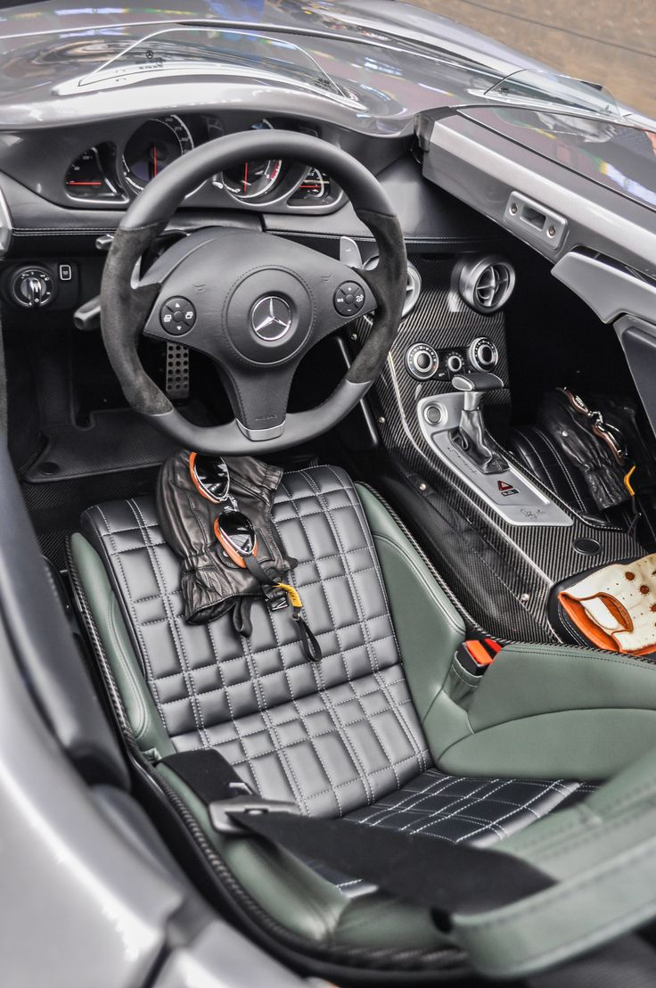 Mercedes Benz AMG SLR Stirling Moss Interior