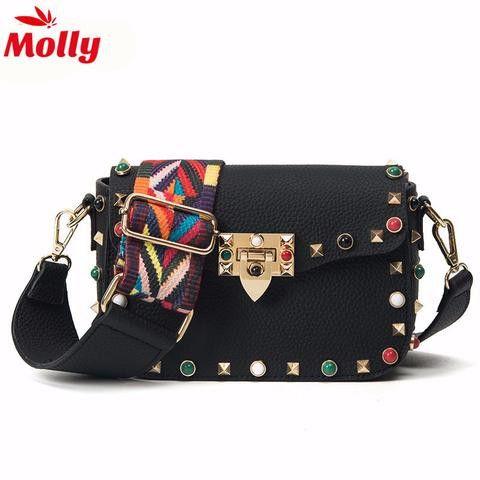 Spanish Girl - Handbag  Carry this Handbag and Style as well! #Fashion #Accessories #trendybags #HandBags #StylishBags #BagsforGirls www.sta.cr/2Sqj2
