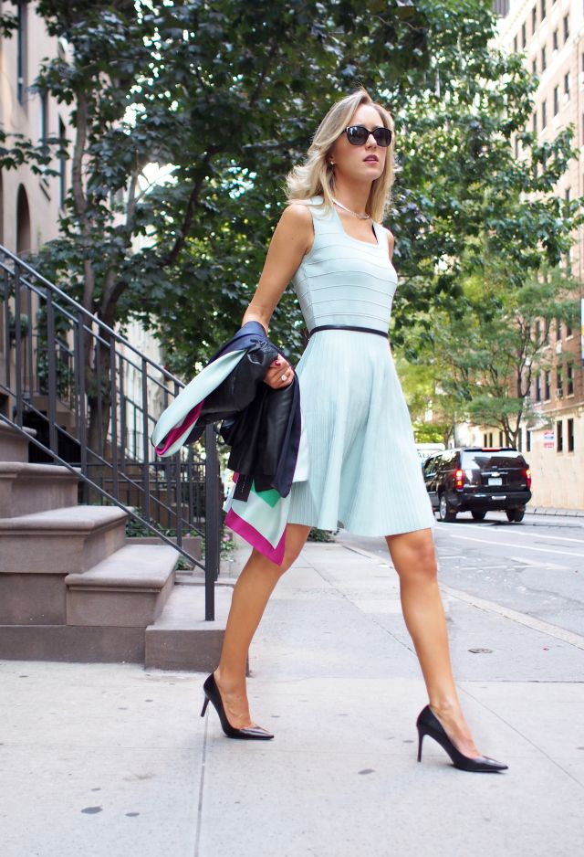 The Classy Cubicle: Mint Chip and Anger Management.  This blog is amazing!!! great ideas for office fashions.