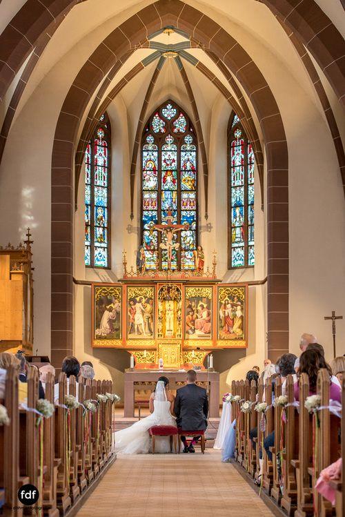 Hochzeit-S&J-Der-Tag-Kirche-Brautkleid-Wedding-14.JPG