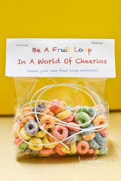 Back to the basics; Fruit Loop Necklace party favor