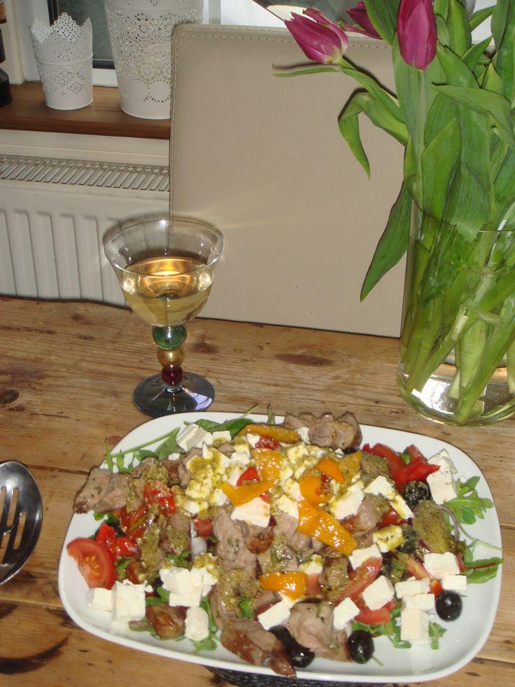 Warm Greek Lamb Salad - http://www.annabel-langbein.com/recipes/warm-greek-lamb-salad/370/