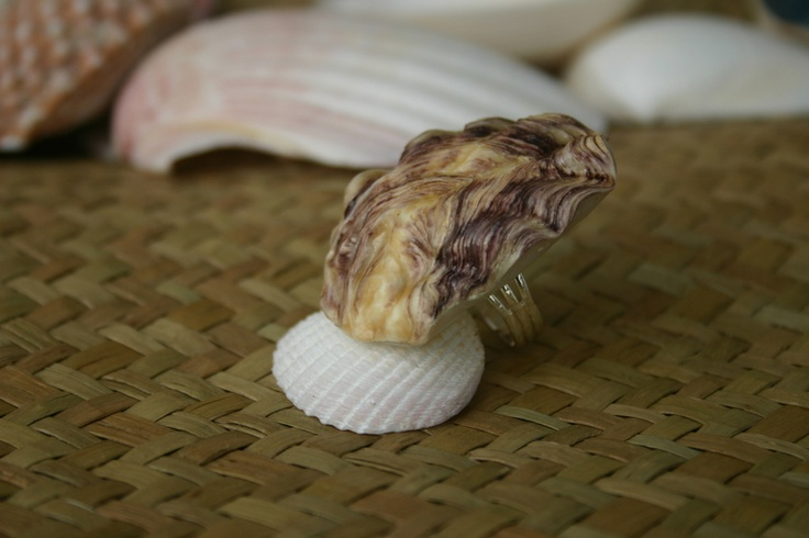 A beautiful purple coloured Oyster shell made into a ring! #jewelry #handmade