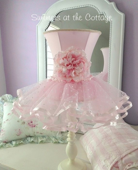SHABBY PINK ROSES LAMP FLOWER CHIC RUFFLES SHADE WHITE LAMP