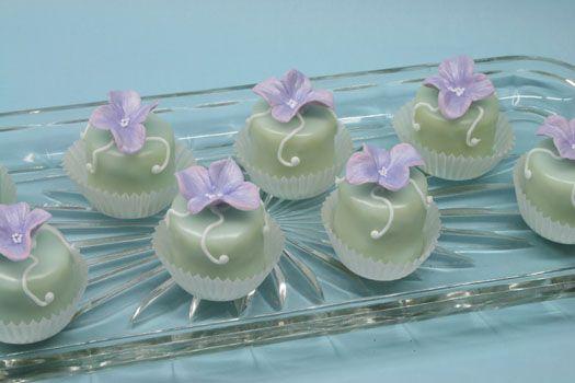Petit Fours Recipe • CakeJournal.com