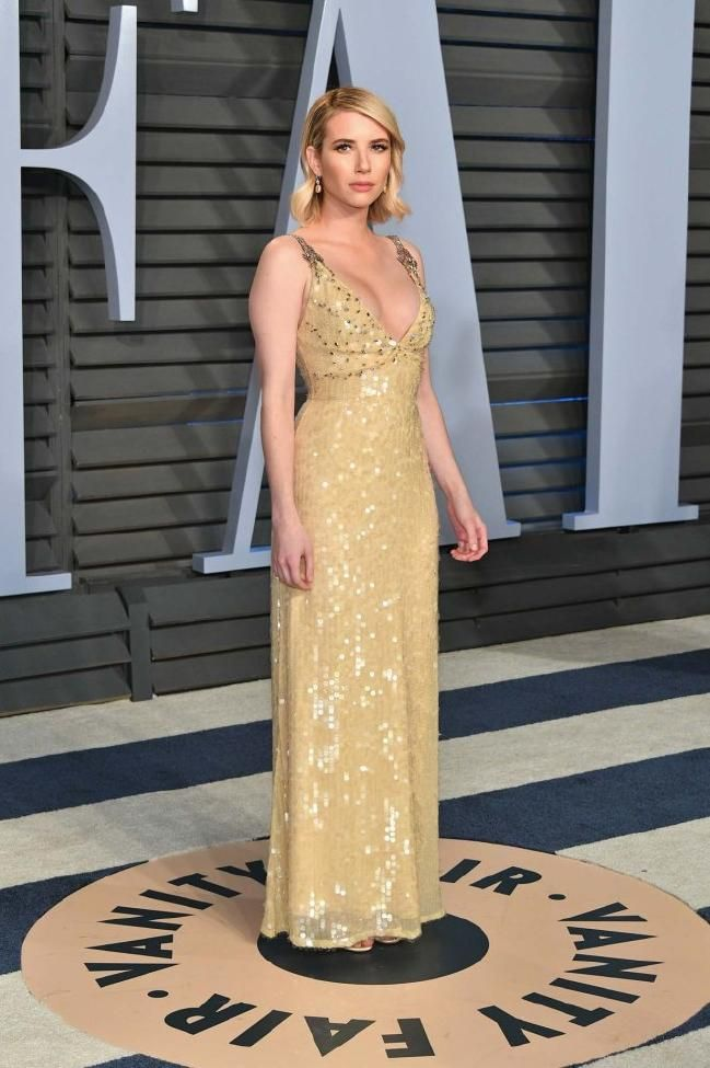 What They Re Wearing At The 2018 Vanity Fair Oscars Party Vanity Fair Oscar Party Oscar Fashion Gorgeous Dresses