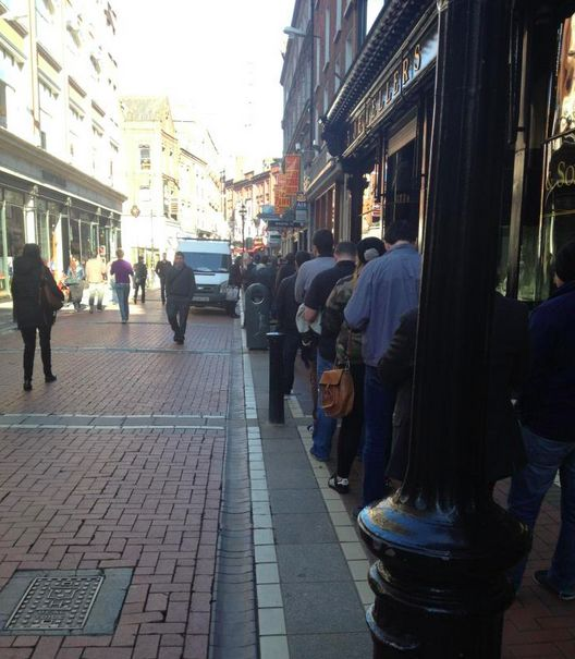 Record Store Day 2013 queue! #RSD13