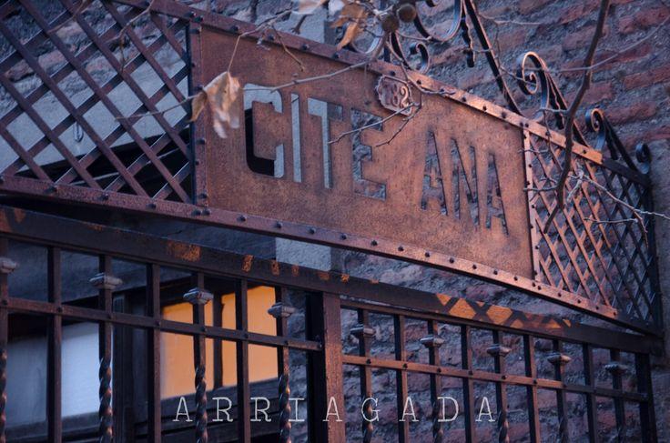 Cité Ana, Calle Santa Isabel by Francisco Maureira on 500px