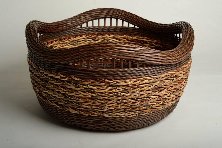 Peeta Tinay, basket maker.