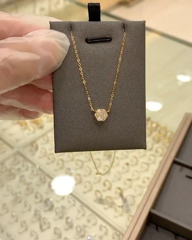 عقد أنيق وناعم ذهب عيار 18 من جوهرة ر بى Ruba Jewel سوق الذهب Necklace Silver Necklace Jewelry