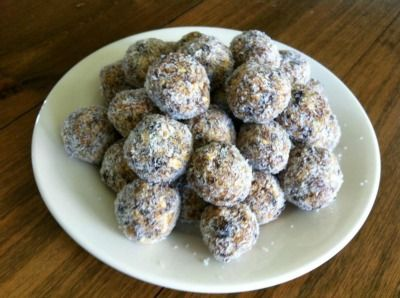 Byron Bay Muesli Balls. An easy to make snack perfect for lunchboxes and after school treats.