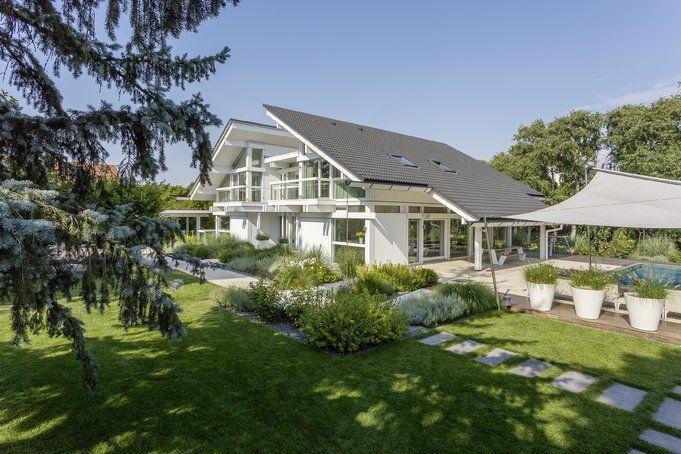 Architektur, die sich zur Sonne öffnet: Das neue HUF-Haus Art6 in Wien.♥