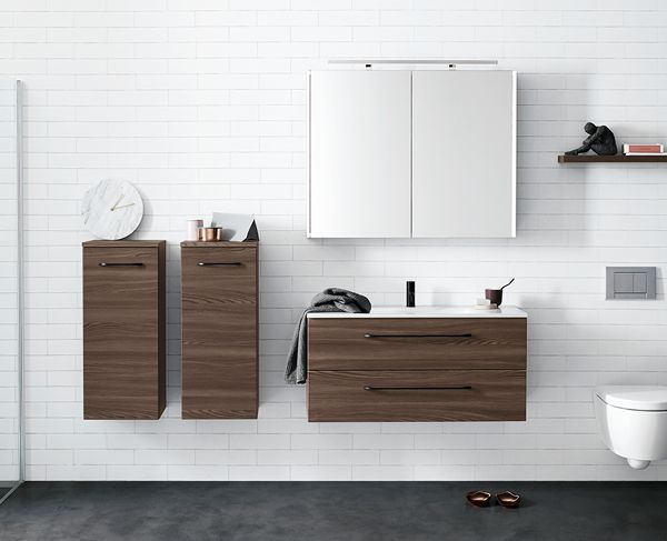 Floating and airy bathroom furniture with clean lines.