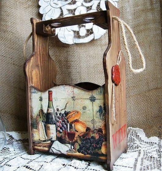 Короб, ящик для вина Сомелье выполнен в технике Декупаж. Отличный подарок друзьям и близким, украсит кухонный интерьер и праздничный стол.