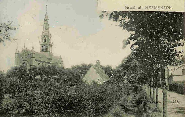 Heemskerk - Maerelaan met de Kerkbeek