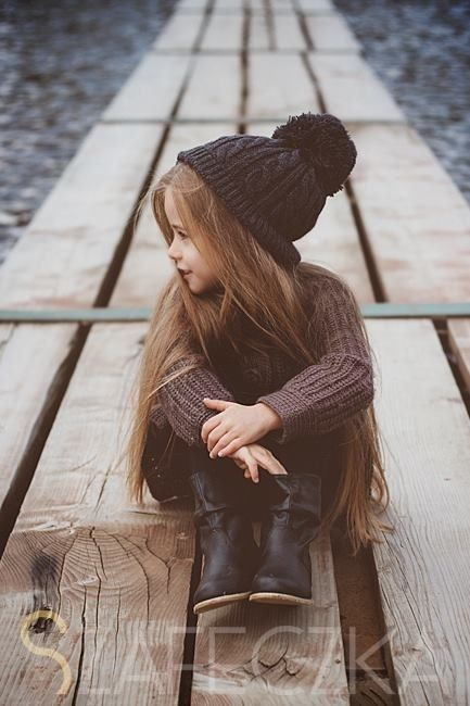 Long hair little girl, so cute! Reminds me of my Gracie bug :)