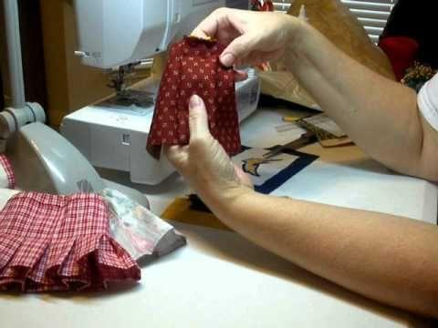 Cómo hacer un plisado de la falda de la muñeca - How to Make a Pleated Doll Skirt Pt. 1