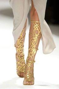 Sandles...: Gladiators Sandals, Knee High, Fashion, Goddesses, Elietahari, Heels, Gold Sandals, Elie Turns, Gold Shoes