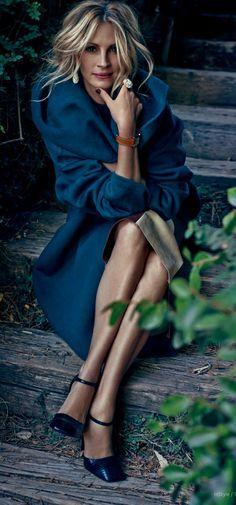 Julia Roberts for InStyle September 2014 issue wearing Prabal Gurung cashmere opera coat & Prada leather Heels.