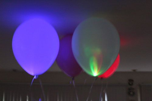 Light Up Your Party with LED Balloons: Led Balloon, Glow Balloon, Parties Ideas, Led Lights, Lights Inside, Balloon Pictures, Yellow Balloon, Balloon Lights, Glow In The Dark Diy Parties
