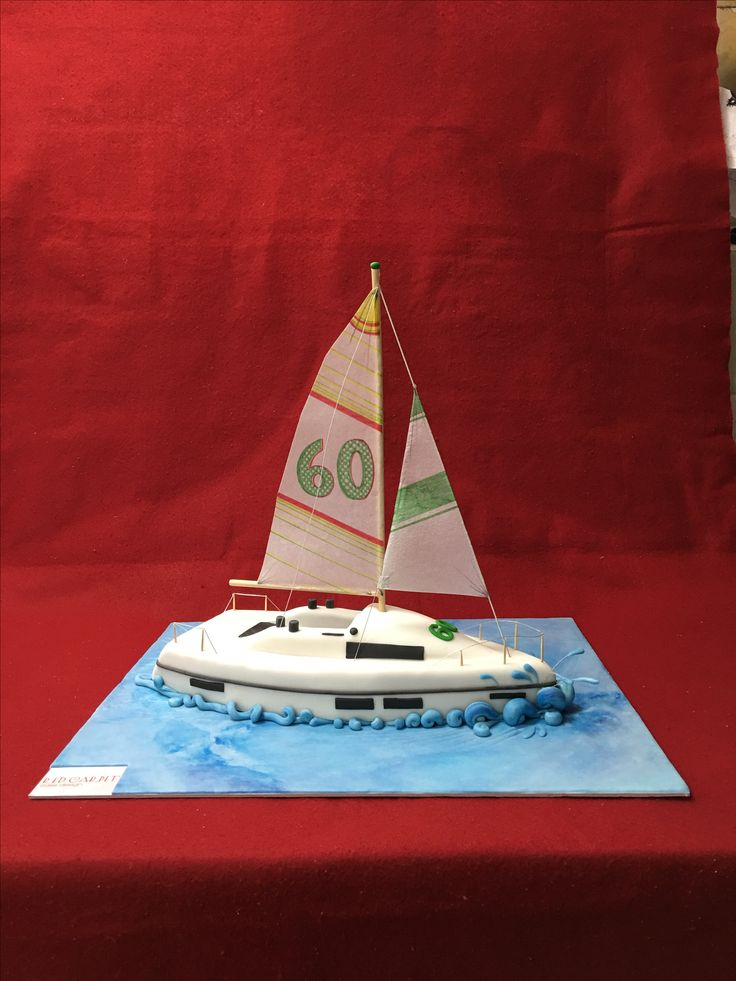 Regata boat cake by www.redcarpetcakedesign.it
