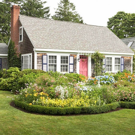 All Of It The Gardens Boxwood Edging Vines Along The