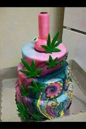 Bong Cake Food For Thought Pinterest Bongs And Cakes