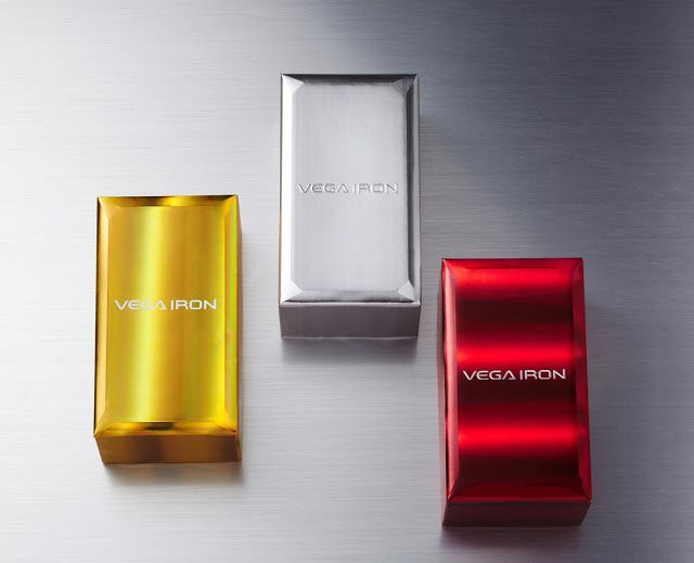 Pantech VEGA IRON Smartphone Packaging on Packaging of the World - Creative Package Design Gallery