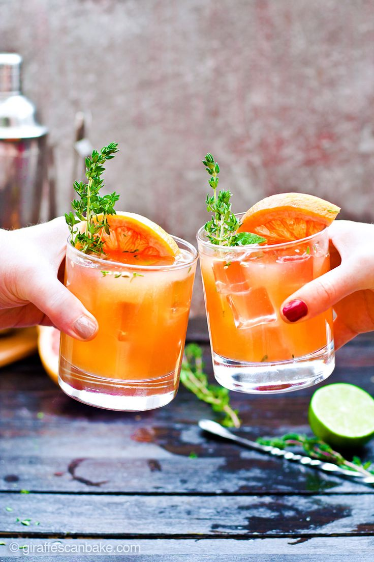 This Grapefruit and Thyme Bourbon Smash is full of bright citrus flavour and aromatic herbs, showcasing the best of winter seasonal fruit.