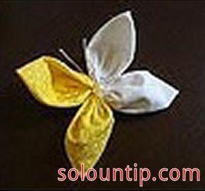Elabora una mariposa de tela (paso a paso)   Para el día de las madres, te damos una bonita idea, sencilla y fácil de hacer: una linda marip...