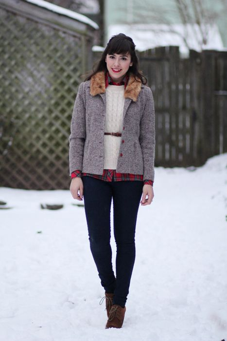 Flannel under sweater with high waisted thin belt...perfect.