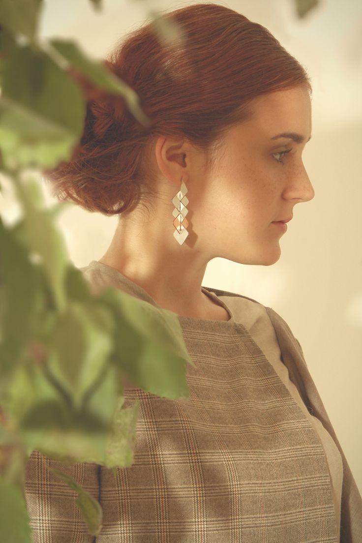 Decima earring Photo: Ágnes Lugosi