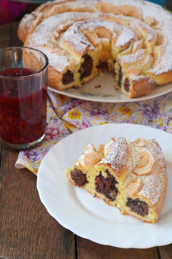 Просто и вкусно: Сдобный пирог свишнями и маком