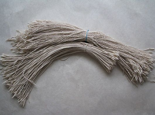 ancient Korean craft of paper weaving and knotting. Flat strips of paper are rolled into strong cords __ by Aimee Lee.