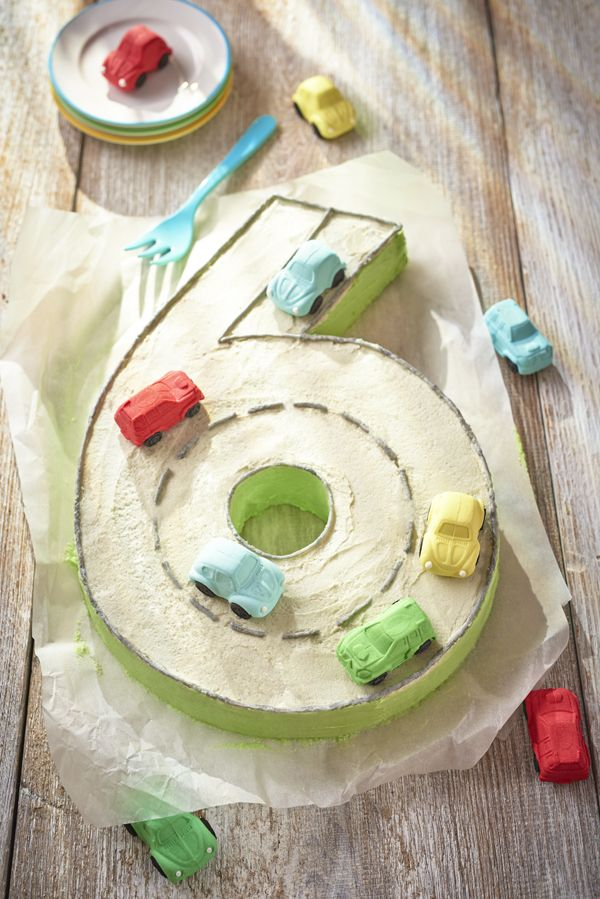 Whatever your child's birthday number is - this is a great way to get that special cake for their birthday, but so easy even I can make it!