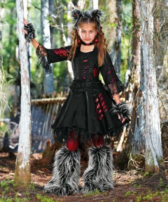 werewolf girl costume ( this is what Emma actually wants to be ;)