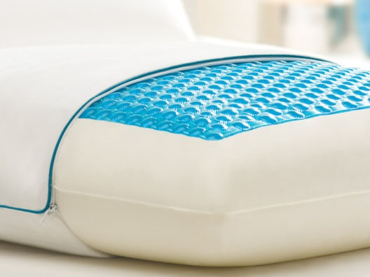 Hydraluxe Always Cool Gel Pillow by Comfort Revolution - This looks interesting