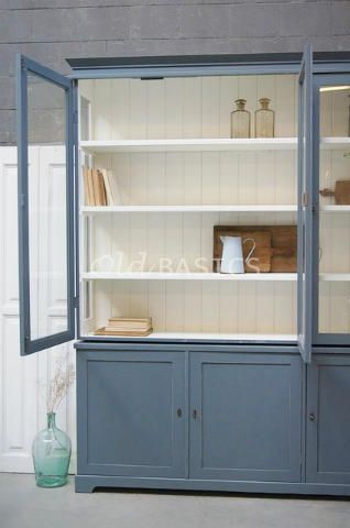 25 beste idee n over meubels verven op pinterest beschilderde meubels afgewerkt meubilair en - Oude meubilair dressoir ...