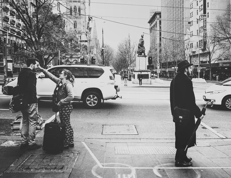Waiting ...  #bnw #bnw_society #bnw_life #bnw_city #melbourne #melbournecity #melbournelife  #noir #noirlovers #waiting #blackandwhite #blackandwhitephotography #traffic #waitingtocross #canon #melbournefolk #streetlife