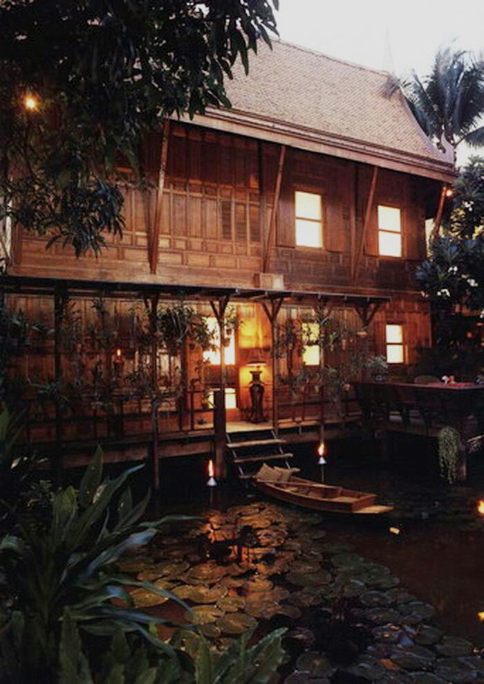 ( ◜◡‾)(‾◡◝ )                                              Traditional Thai house in Chiang Mai
