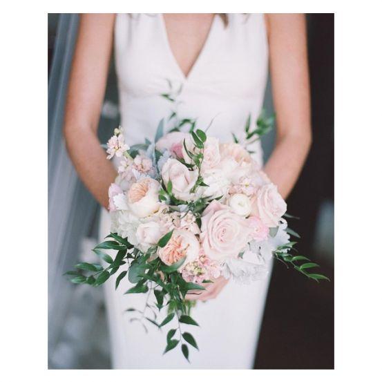 Stap jij binnenkort in het huwelijksbootje en ben je nog op zoek naar inspiratie? Deze 15 prachtige Instagramaccounts staan boordevol leuke ideetjes om van jouw bruiloft dé bruiloft van je dromen te maken!