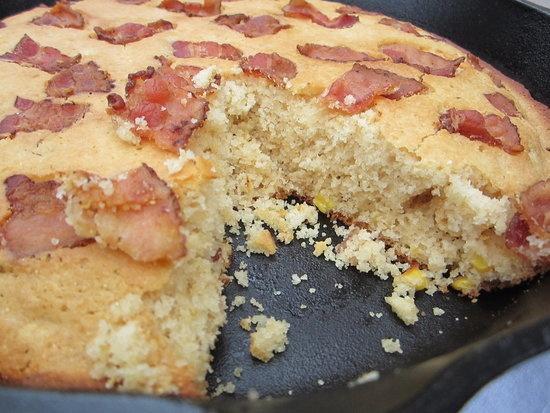 Bacon cornbread for my man | Chuckwagon | Pinterest