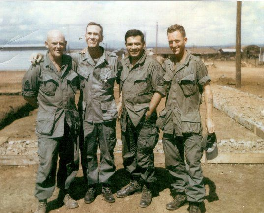 The (pixelated) things they carried | Us army uniforms ... - photo #13
