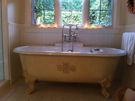 Bathtub at San Ysidro Ranch